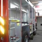 Začetna faza izdelave nadgradnje vozila - desna (18.4.2014)