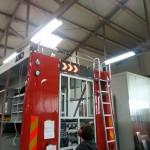 Vgrajena usmerjevalna LED tabla in stranske LED luči dne, 13.5.2014